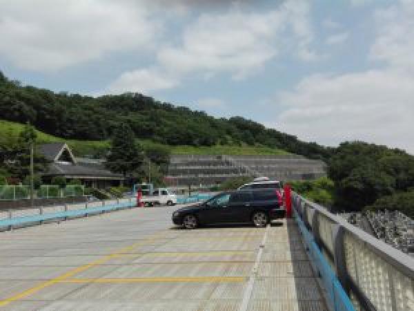 二階建て大駐車場